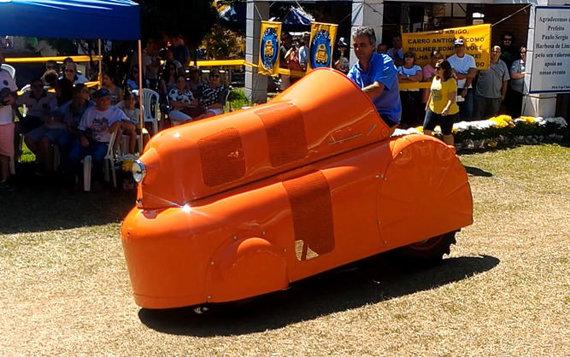Porsche P312 Kaffeelug labiausiai išsiskyrė savo aptakiu, futuristinio dizaino kėbulu. (João Tratores, Youtube)