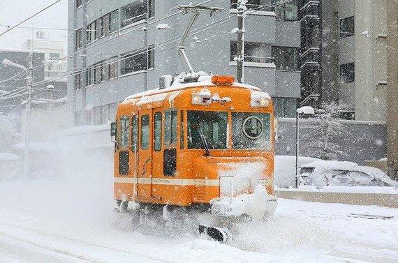 Greitai besisukantis stiklas padeda kovoti ir su sniegu (Tennen-Gas (CC BY-SA 3.0)   commons.wikimedia.org)