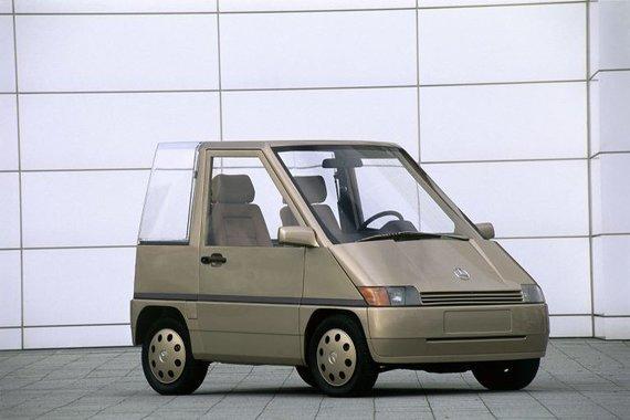 Mercedes-Benz NAFA – miesto automobilių ateitis. Kai kurių inovatyvių šio mažylio bruožų neturi ir šių dienų miesto automobiliai. (Daimler nuotrauka)
