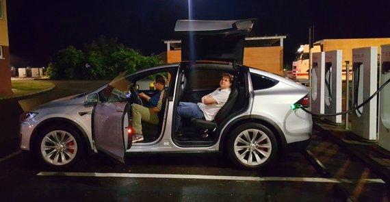 "Žilvino Pekarsko / 15min nuotr./""Tesla Model X"" bandomieji važiavimai, Laurynas Jokužis"