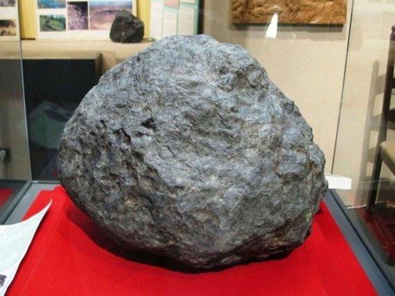 Šiuo metu Ensisheimo meteoritas eksponuojamas miestelio muziejuje. Šaltinis: www.tumblr.com