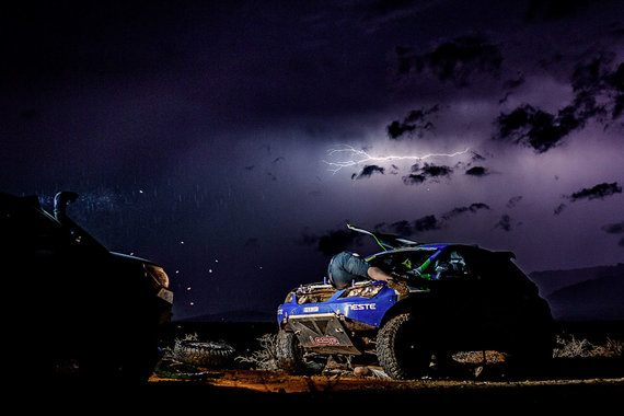 """Vytauto Dranginio nuotr./Vytauto Dranginio Dakaras 2017, """"Bitutės"""" remontas"""