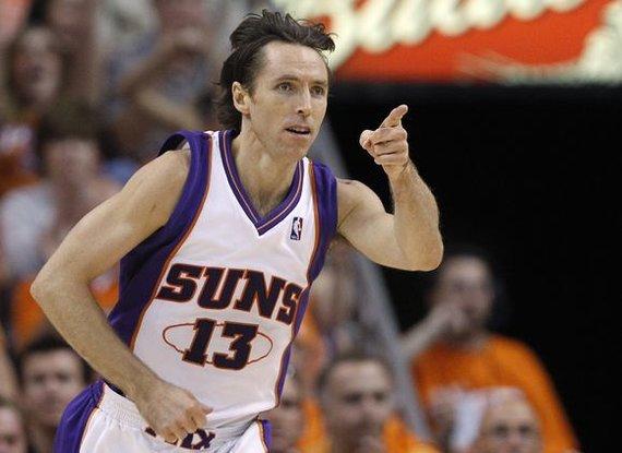 """Reuters""/""Scanpix"" nuotr./NBA klubo ""Phoenix Suns"" lyderis S.Nashas – didelis futbolo gerbėjas"