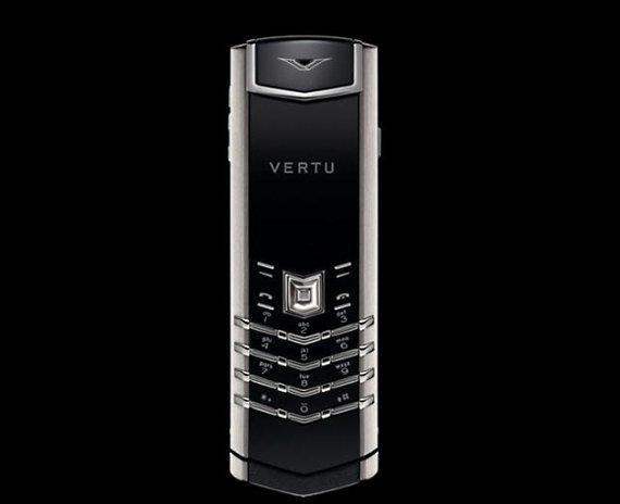 """Gamintojų nuotr./Išskirtinių telefonų """"Vertu Signature"""" korpusai gaminami iš nerūdijančiojo plieno, geltonojo ir baltojo aukso, platinos."""
