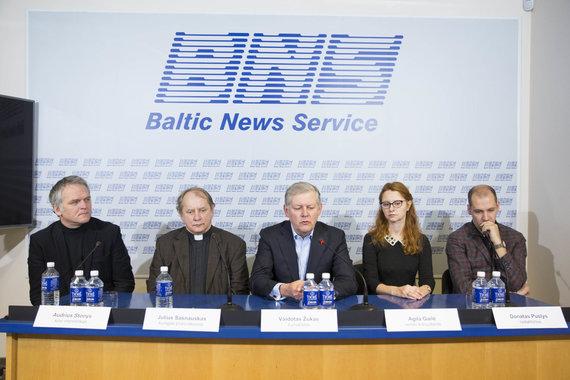 Irmanto Gelūno / 15min nuotr./Spaudos konferencijoje pristatytas naujai įsteigtas palaimintojo Teofiliaus Matulionio fondas