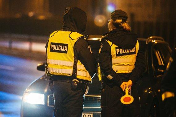 Irmanto Gelūno / 15min nuotr./Policijos pareigūnai