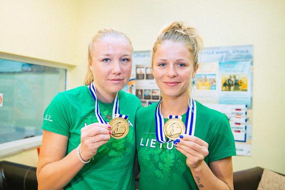Irmanto Gelūno / 15min nuotr./Ieva Dumbauskaitė ir Monika Povilaitytė