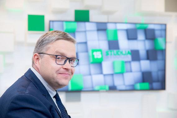 Irmanto Gelūno / 15min nuotr./15min studijoje lankosi Lietuvos banko vadovas Vitas Vasiliauskas