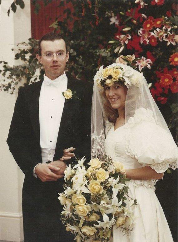 """""""Reuters""""/""""Scanpix"""" nuotr./Hansas Kristianas Rausingas su žmona 1992 metais"""