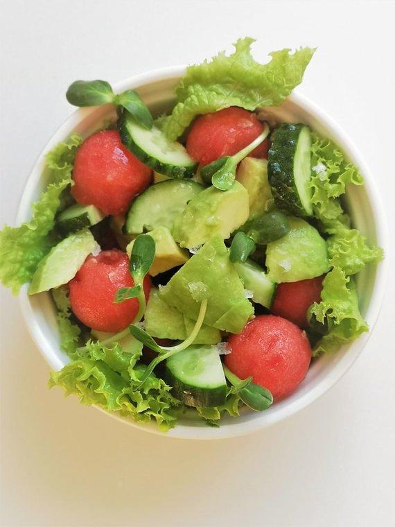 Tinklaraštininkės nuotr./Avokadų-arbūzų salotos
