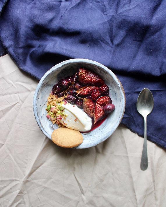 FeedMySister nuotr./Sausainių ir maskarponės kremo desertas su rudens gėrybėmis