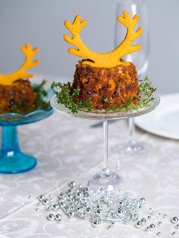 Nidos Degutienės nuotr. /Brandintas kalėdinis pyragas