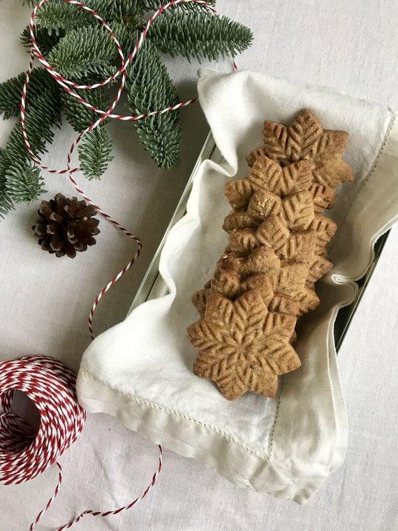"""Autorės nuotr. /Olandiški kalėdiniai sausainiai """"Speculaas"""""""