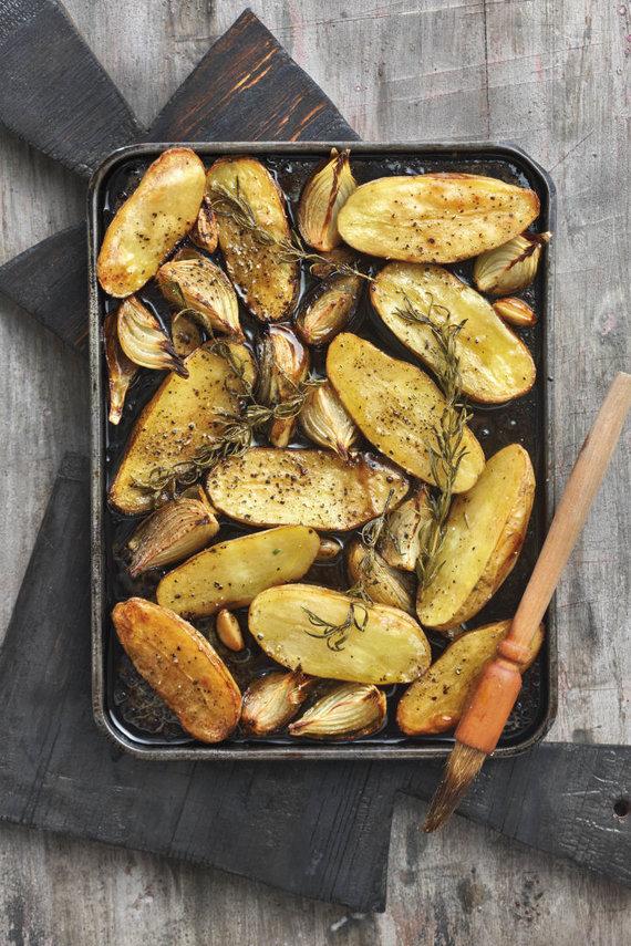 Vida Press nuotr./Balzaminiu actu gardintos bulvės