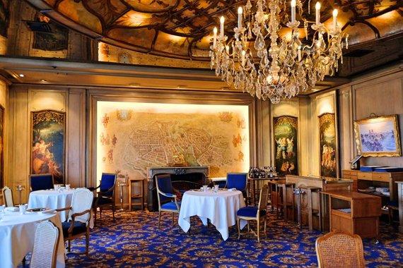 """Tourdargent.com nuotr./""""La Tour d'Argent"""" restorano interjeras"""