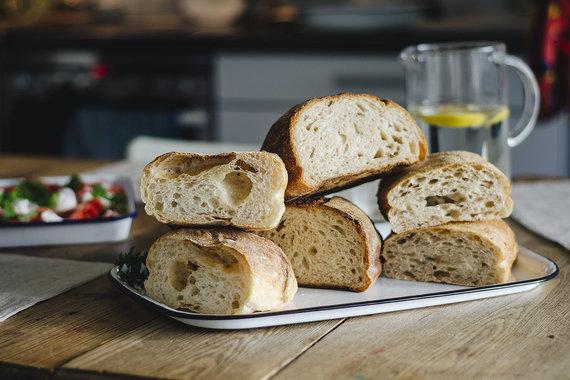 Strelkabelka nuotr./Ragauta duona