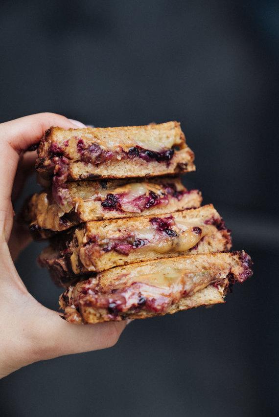 Gamintojo nuotr. /Karšti amerikietiški sumuštiniai su riešutų sviestu