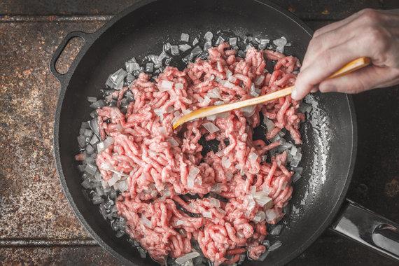 Vida Press nuotr./Kepinama malta mėsa