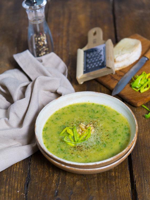 Nidos Degutienės nuotr. /Porų ir lapinių kopūstų sriuba