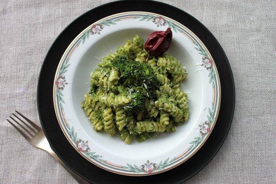 Jurgos Jurkevičienės nuotr. /Gragnano fusili su brokoliais, sūdytais ančiuviais ir aitriuoju pipiru
