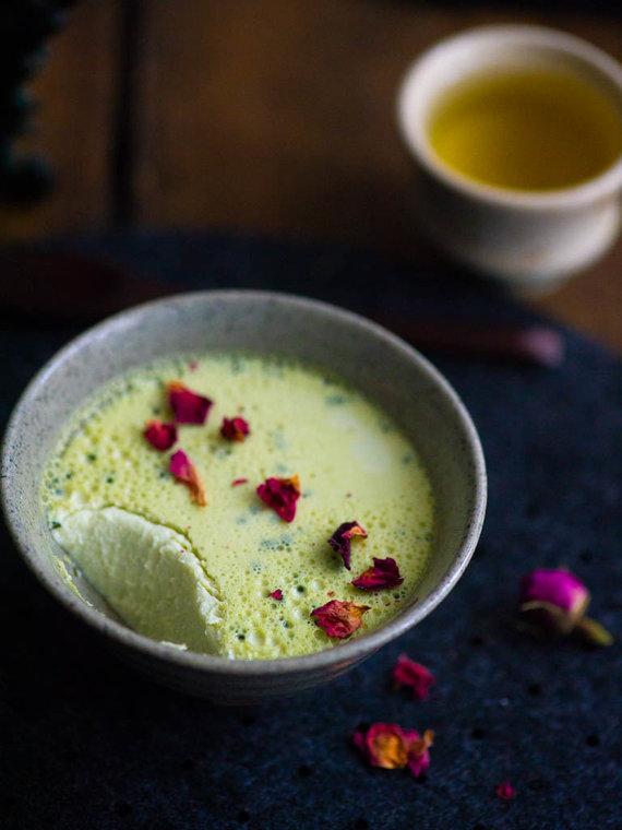 """Nidos Degutienės nuotr. /Japoniškos arbatos matcha desertas """"panna cotta"""""""