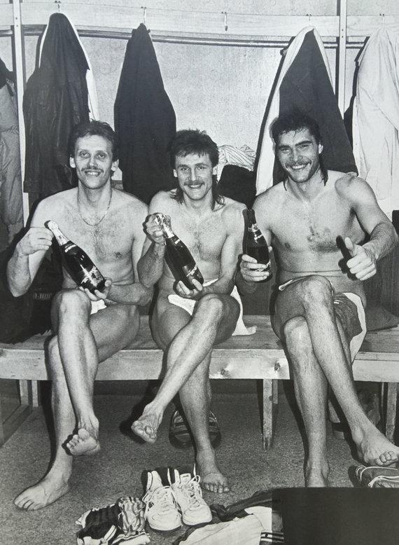 """Nuotrauka iš knygos """"Legendiniai Žalgirio vyrai""""/Pergalė Maskvoje 1987"""