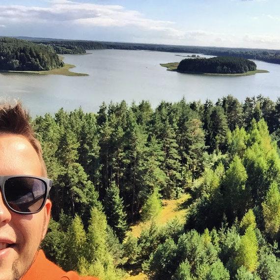 Karolio Žukausko/100dienu.lt nuotr./Oro balione Ne, Sartų apžvalgos bokšte