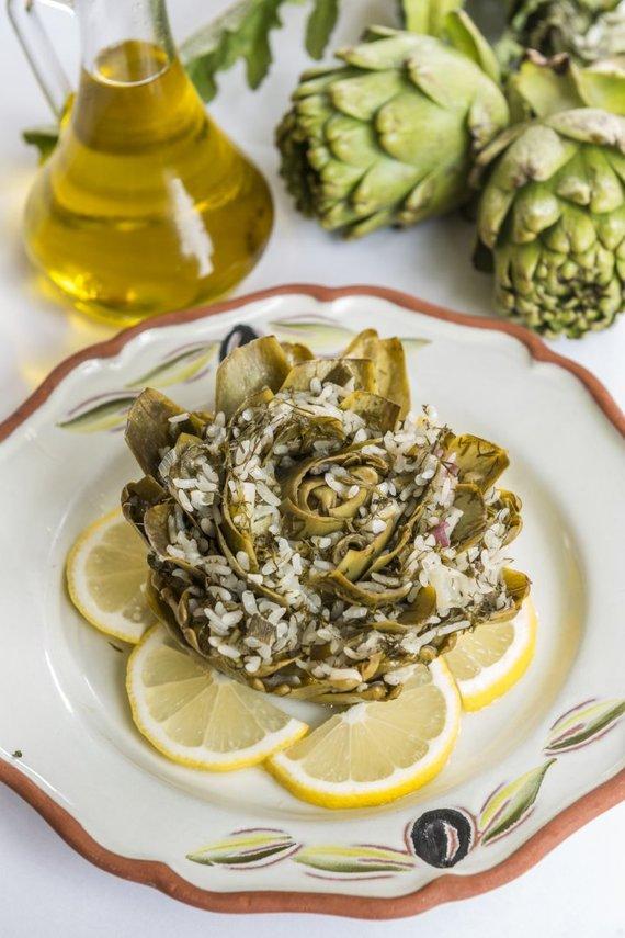 Sardinijos virtuvei būdinga daržovė – artišokas
