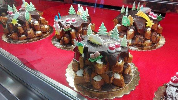 Jurgos Jurkevičienės/ Tavo Roma nuotr./Iš prekybos centro pirkto pyrago PANDORO galima pasigaminti prabangų Kalėdų saldumyną