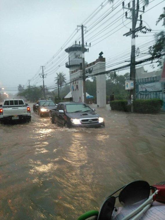 15min skaitytojų nuotr./Vaizdas ketvirtadienį Bophut kelias Tailande