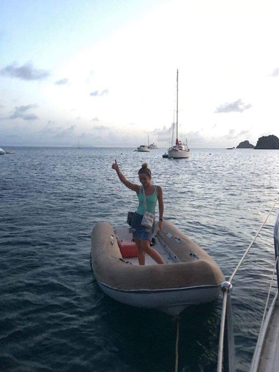 """Asmeninė nuotr./Karibietiškas """"Uber"""": taip Beatričė keliauja į vakarėlį"""