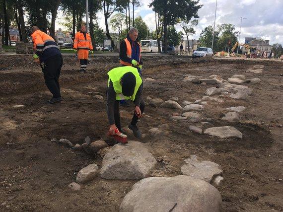 Aurelijos Jašinskienės/15min.lt nuotr./Archeologiniai kasinėjimai Kretingoje, Vytauto gatvėje.