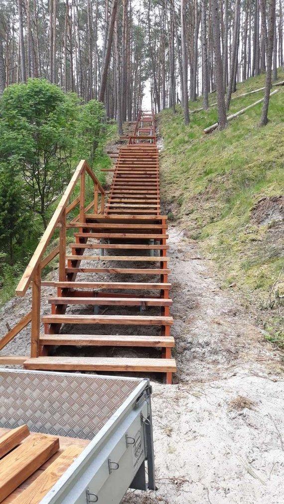 KNNP nuotr./Ties Preilos kopomis bus įrengti laiptai. Atsivers panorama iš 53 m aukščio.