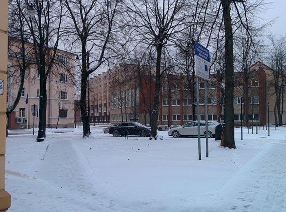Jurgitos Andriejauskaitės / 15min nuotr./Klaipėdoje pustė visą naktį ir keliai tapo išbandymu vairuotojams.