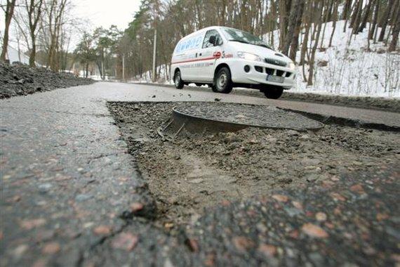Eriko Ovčarenko / 15min nuotr./Duobėtas kelias
