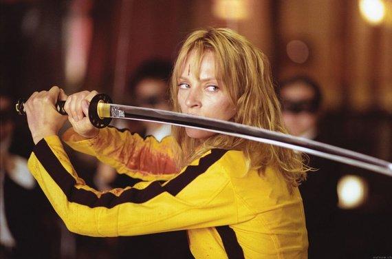 """Kadras iš filmo /Uma Thurman juostoje """"Nužudyti Bilą"""""""