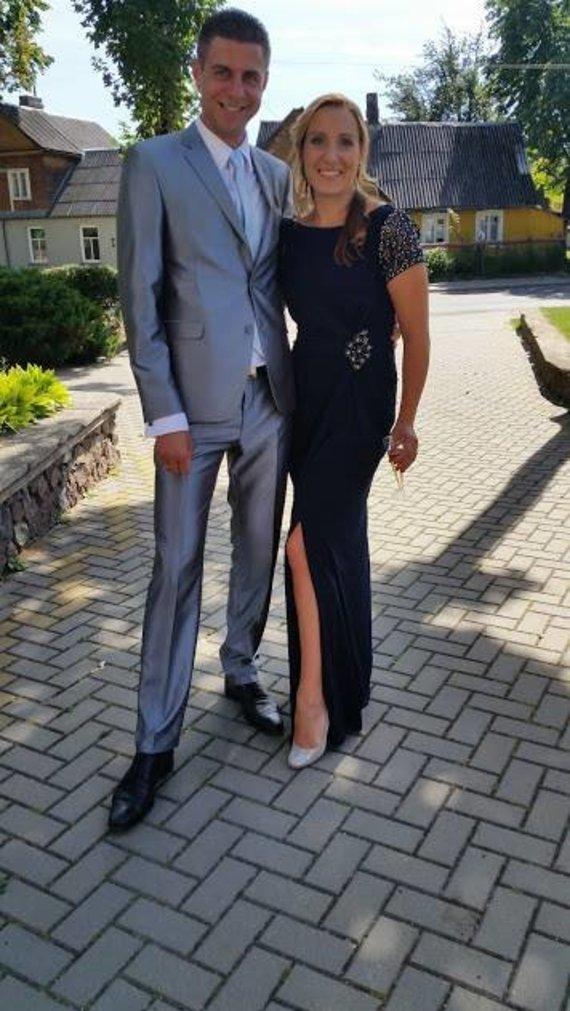 Asmeninio albumo nuotr./Vainius Vaitiekūnas su žmona Inga