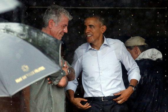 """""""Scanpix"""" nuotr./Anthony Bourdainas ir Barackas Obama"""