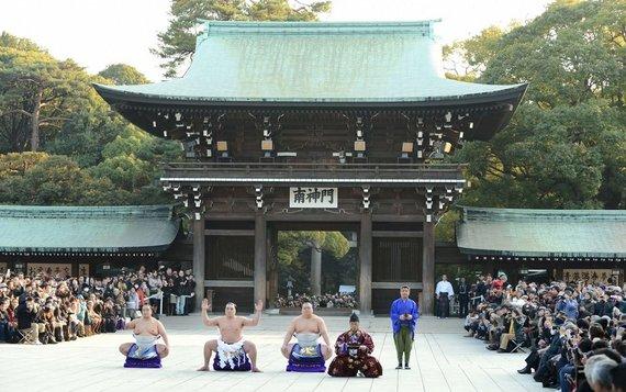 """Naujųjų metų pagerbimas """"Meiji"""" šventykloje"""