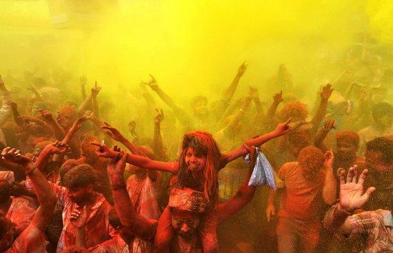 "AFP/""Scanpix"" nuotr./Holi festivalis Indijoje"