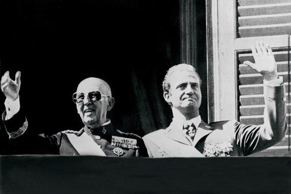"AFP/""Scanpix"" nuotr./Francisco Franco ir Juanas Carlosas (1975 m.)"