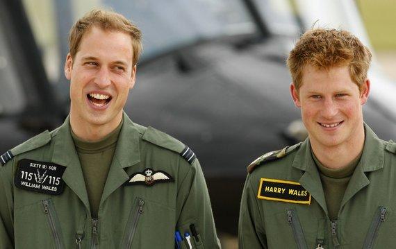 """Reuters""/""Scanpix"" nuotr./Princas Harry su broliu princu Williamu (2009 m.)"