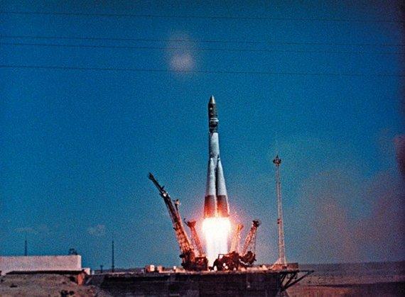 """AFP/""""Scanpix"""" nuotr./Kosminio laivo """"Vostok-1"""" pakilimo akimirka 1961 m. balandžio 12 d."""