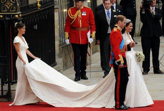 """AFP/""""Scanpix"""" nuotr./Princas Williamas ir Kate Middleton"""