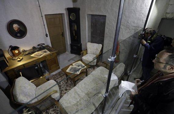 """""""Scanpix""""/AP nuotr./Berlyne pristatyta paroda, vaizduojanti atkurtą A.Hitlerio bunkerį"""
