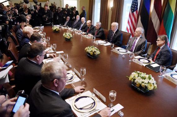 """AFP/""""Scanpix"""" nuotr./Donaldo Trumpo ir Baltijos šalių vadovų susitikimas"""