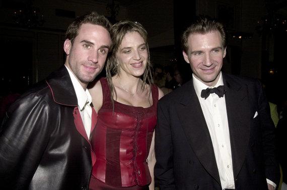 Vida Press nuotr./Josephas, Martha ir Ralphas Fiennesai