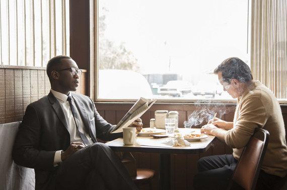 """Kadras iš filmo/Viggo Mortensenas ir Mahershala Ali filme """"Žalioji knyga"""""""