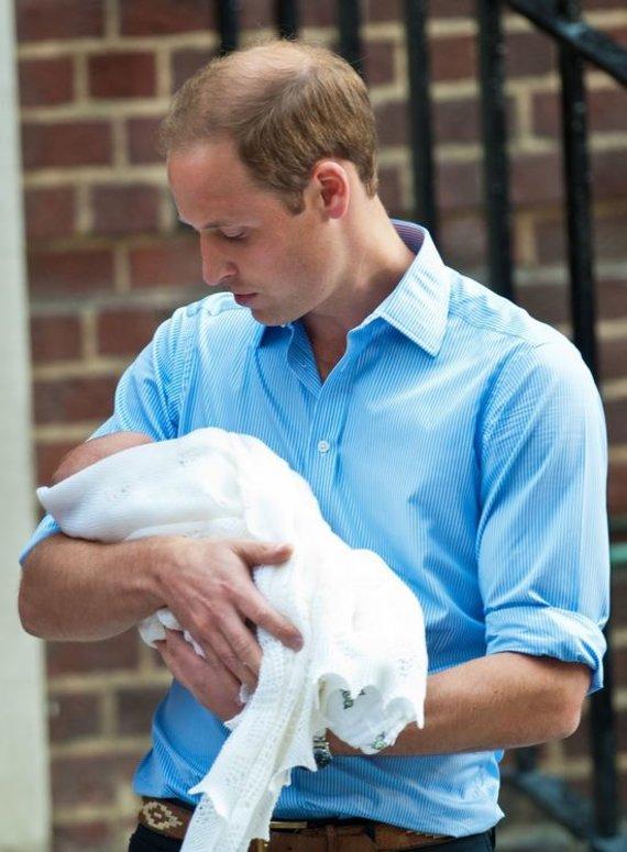 """""""Scanpix"""" nuotr./Princas Williamas su sūnumi George'u"""