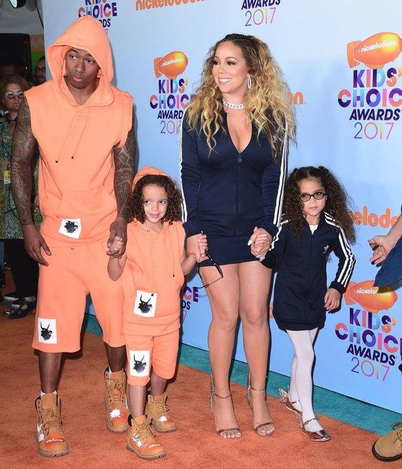 """""""Scanpix"""" nuotr./Mariah Carey ir Nickas Cannonas su vaikais"""